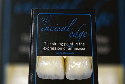 Incisal-1